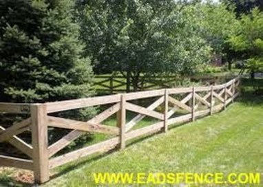 Relaxing Front Yard Fence Remodel Ideas For Your Home 27