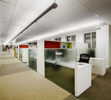 Stunning And Modern Office Design Ideas 15