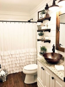 Stunning Rustic Farmhouse Bathroom Design Ideas 04