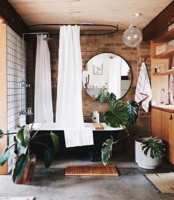 Stunning Rustic Farmhouse Bathroom Design Ideas 10