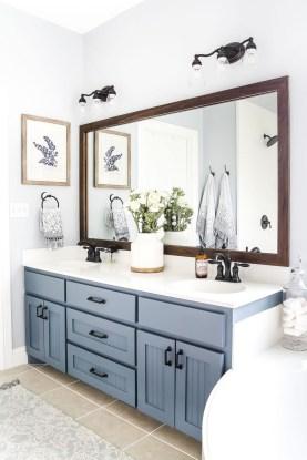 Stunning Rustic Farmhouse Bathroom Design Ideas 26