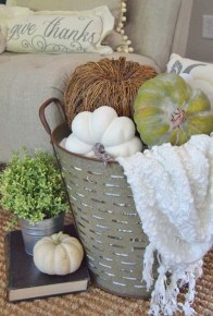Amazing Fall Decorating Ideas To Transform Your Interiors 28
