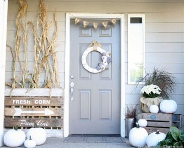 Amazing Fall Decorating Ideas To Transform Your Interiors 29