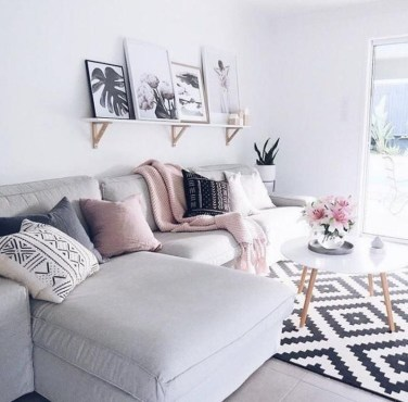 Awesome Decorating Ideas For Small Apartments 29