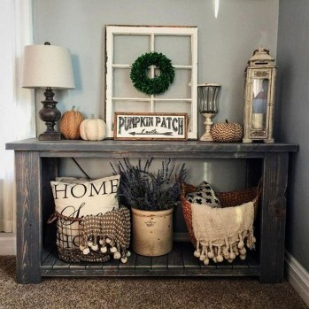 Awesome Fall Entryway Decoration Ideas That Will Make Your Neighbors Insanely Jealous 27