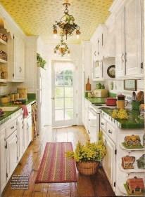 Beautiful Cottage Kitchen Design Ideas 41