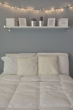 Beautiful White Bedroom Decoration That Will Inspire You 31