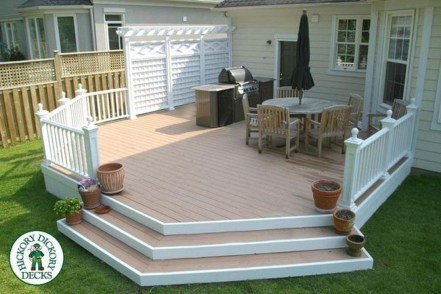 Easy DIY Wooden Deck Design For Your Home 11