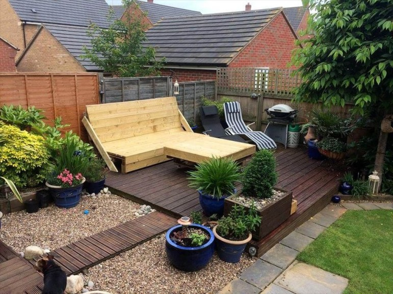 Easy DIY Wooden Deck Design For Your Home 14