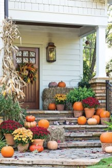 Easy Fall Porch Decoration Ideas To Make Unforgettable Moments 02
