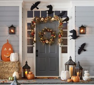 Easy Fall Porch Decoration Ideas To Make Unforgettable Moments 13