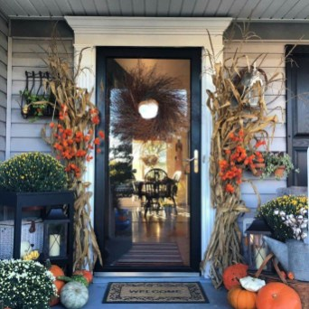 Easy Fall Porch Decoration Ideas To Make Unforgettable Moments 15