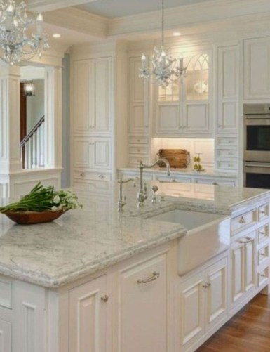 Elegant White Kitchen Cabinets For Your Kitchen 43