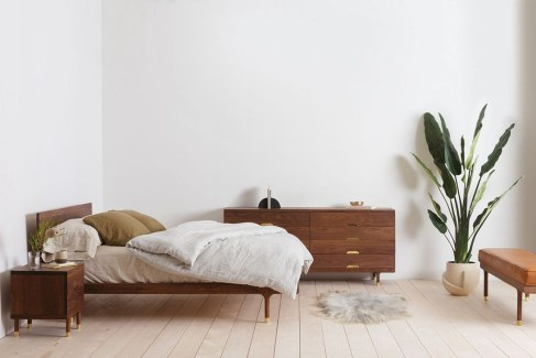 Modern And Simple Bedroom Design Ideas 15