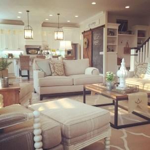 Modern Farmhouse Living Room Design Ideas 37