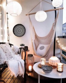 Simple DIY Apartment Decoration On A Budget20