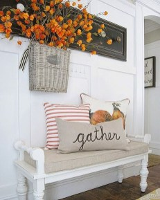 Stunning Fall Living Room Decoration Ideas 19