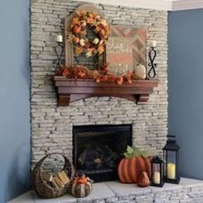 Stunning Fall Living Room Decoration Ideas 21