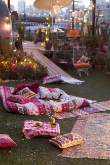 Awesome Bohemian Style Ideas For Outdoor Design 43