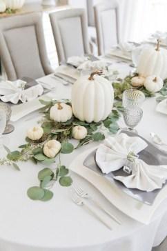 Beautiful Thanksgiving Table Decoration Ideas 07