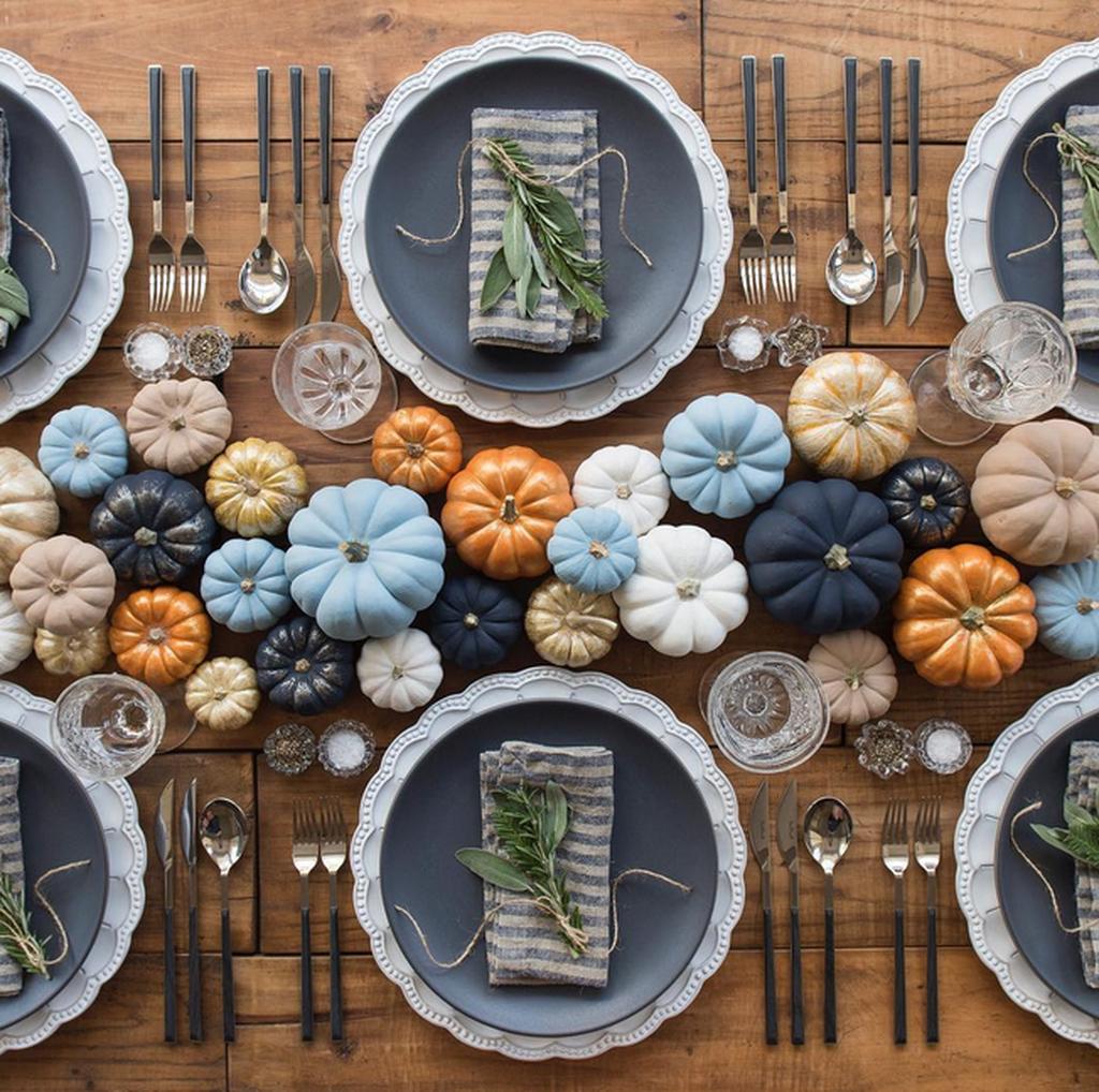 Beautiful Thanksgiving Table Decoration Ideas 25