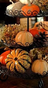 Beautiful Thanksgiving Table Decoration Ideas 31