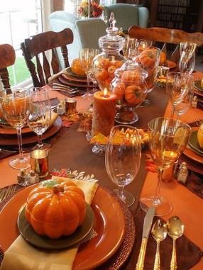 Beautiful Thanksgiving Table Decoration Ideas 33