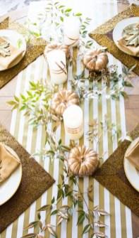 Beautiful Thanksgiving Table Decoration Ideas 40