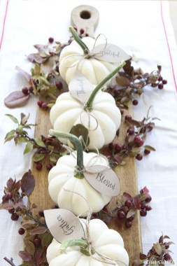 Beautiful Thanksgiving Table Decoration Ideas 42