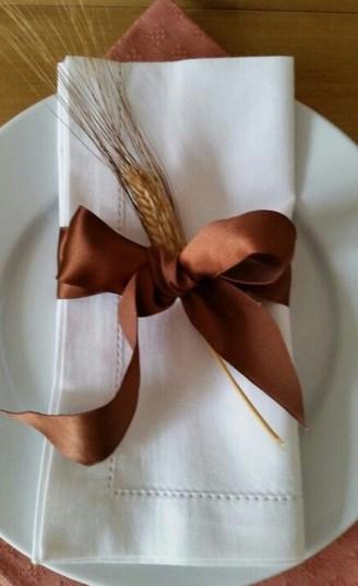 Beautiful Thanksgiving Table Decoration Ideas 46
