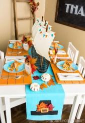 Beautiful Thanksgiving Table Decoration Ideas 48