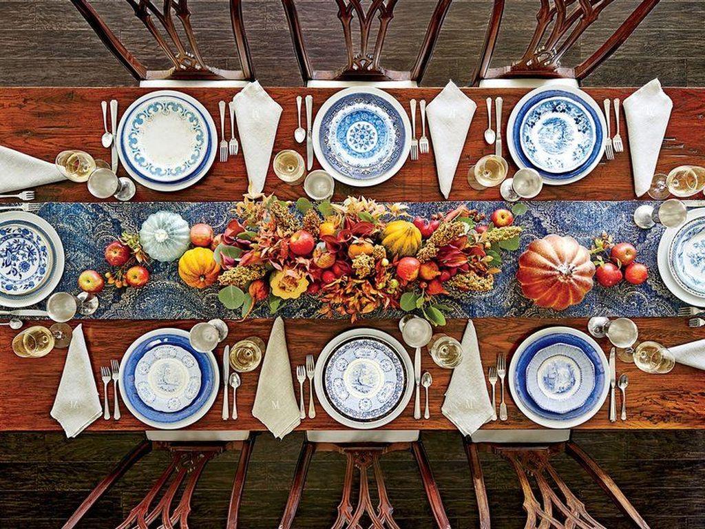 Beautiful Thanksgiving Table Decoration Ideas 49