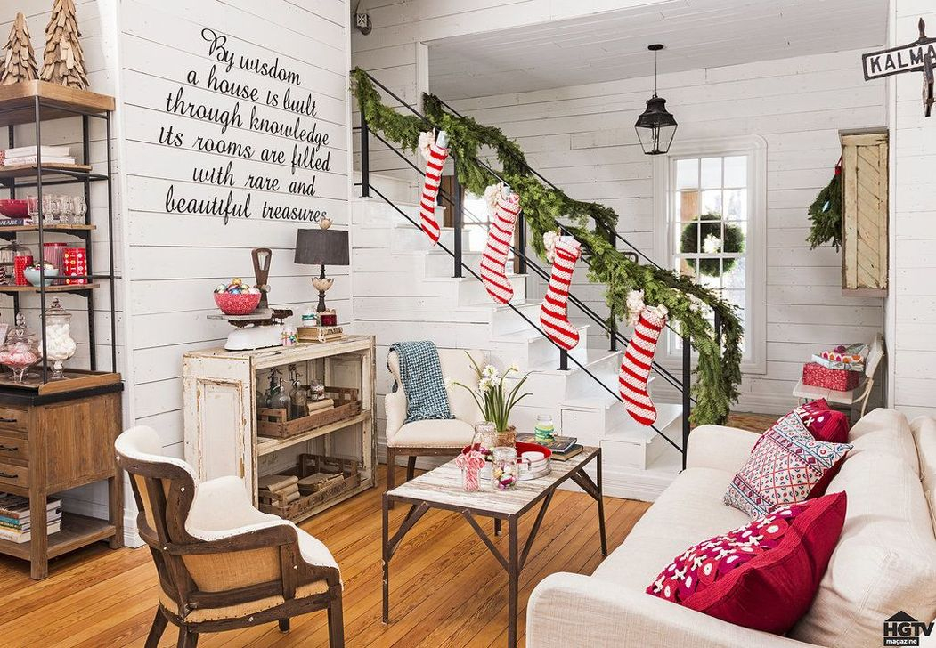 Best Christmas Decorations That Turn Your Staircase Into A Fairy Tale 55