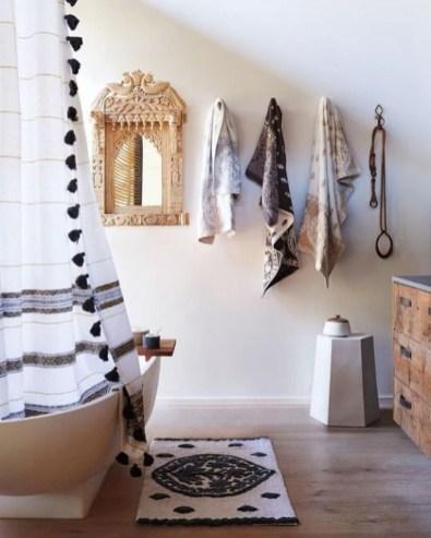 Brilliant Bohemian Style Ideas For Bathroom 43