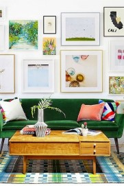 Brilliant Living Room Wall Gallery Design Ideas 19