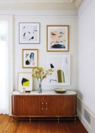 Brilliant Living Room Wall Gallery Design Ideas 21