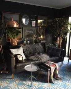 Brilliant Living Room Wall Gallery Design Ideas 31