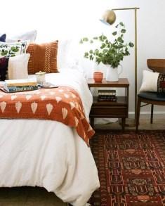 Cozy Fall Bedroom Decoration Ideas 13
