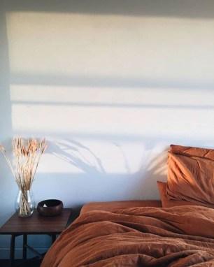 Cozy Fall Bedroom Decoration Ideas 14