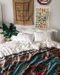Cozy Fall Bedroom Decoration Ideas 30