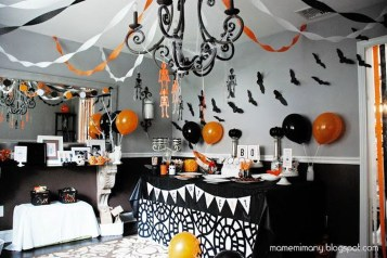 Creepy Decorations Ideas For A Frightening Halloween Party 31
