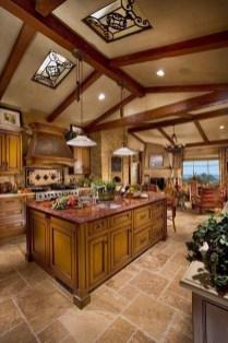 Luxury Tuscan Kitchen Design Ideas 36