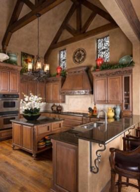 Luxury Tuscan Kitchen Design Ideas 45