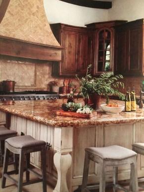 Luxury Tuscan Kitchen Design Ideas 47