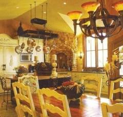 Luxury Tuscan Kitchen Design Ideas 50
