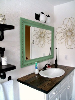 Outstanding DIY Bathroom Makeover Ideas On A Budget 34