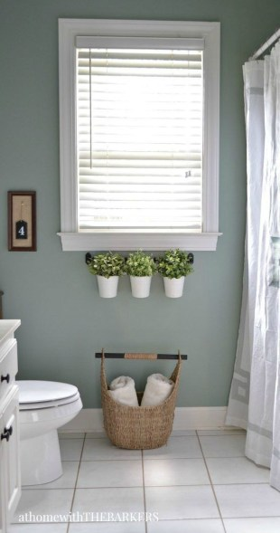 Outstanding DIY Bathroom Makeover Ideas On A Budget 48
