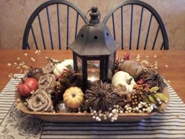 Simple Fall Table Decoration Ideas 03