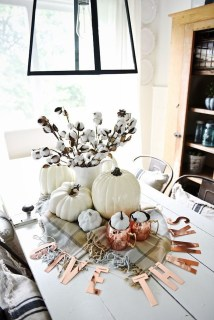 Simple Fall Table Decoration Ideas 40