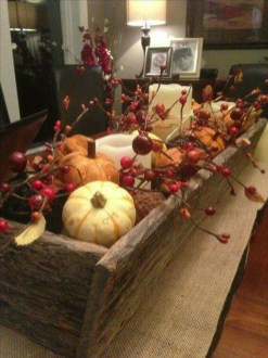 Simple Fall Table Decoration Ideas 41